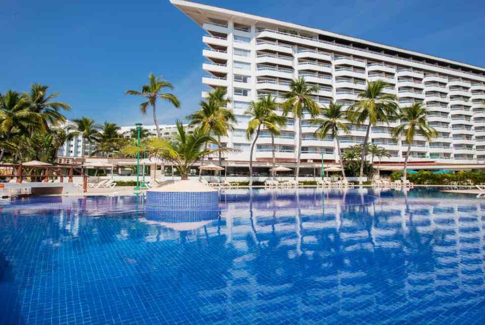 Hotel Krystal Ixtapa. Fotos, Comentarios, Ubicación